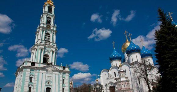 Колокольня Свято-Троицкой Сергиева Лавры