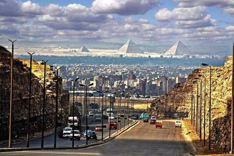 Каир Вид на пирамиды