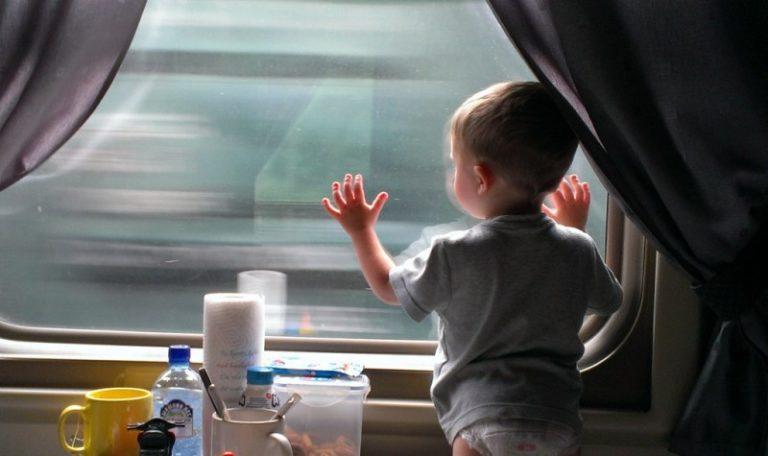 Поезд для ребенка