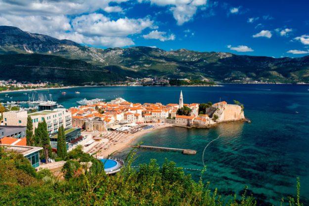На отдых в Черногорию
