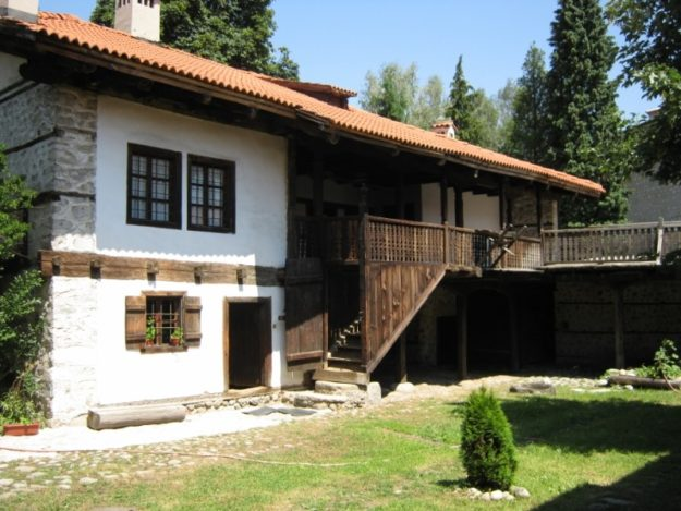 Банско дом Неофита Рильского
