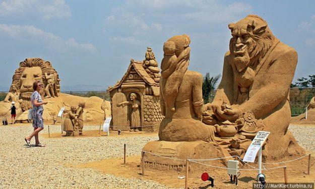 Выставка песчаных скульптур Бургаса
