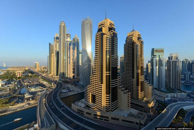 Дубай современный