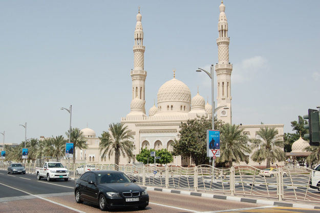 Дубай мечеть