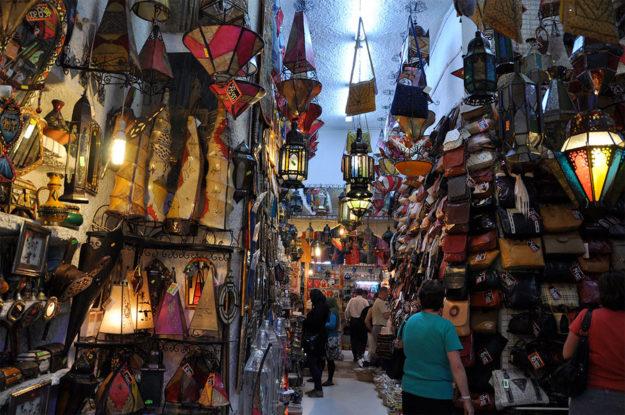 Монастир шопинг