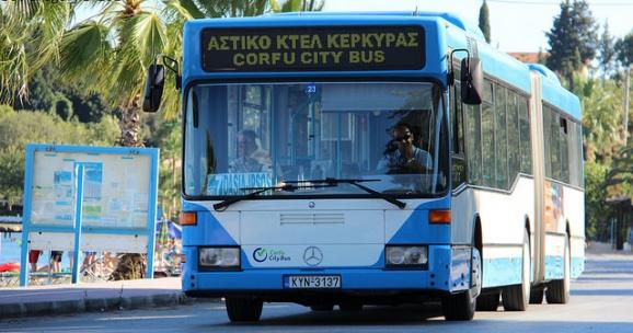 Общественный транспорт на Корфу