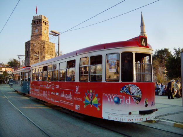Трамвайный маршрут «Ностальжи» в Анталии