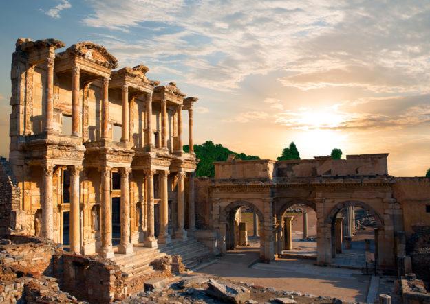 Эфес библиотека Цельсия