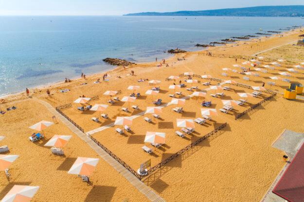 Золотой пляж. Феодосия, Крым