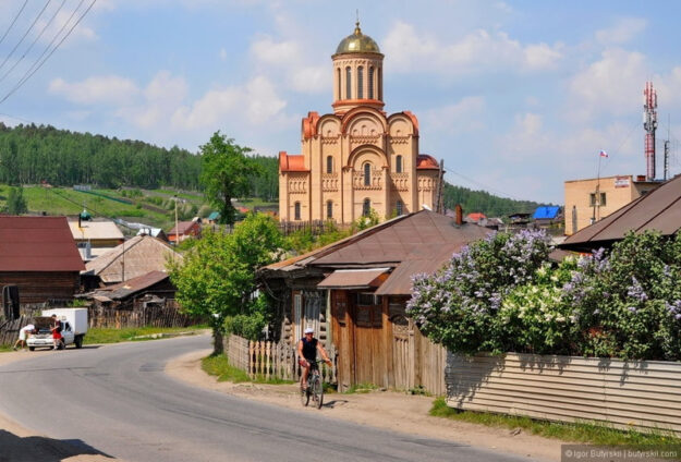 Храм в поселке Тургояк
